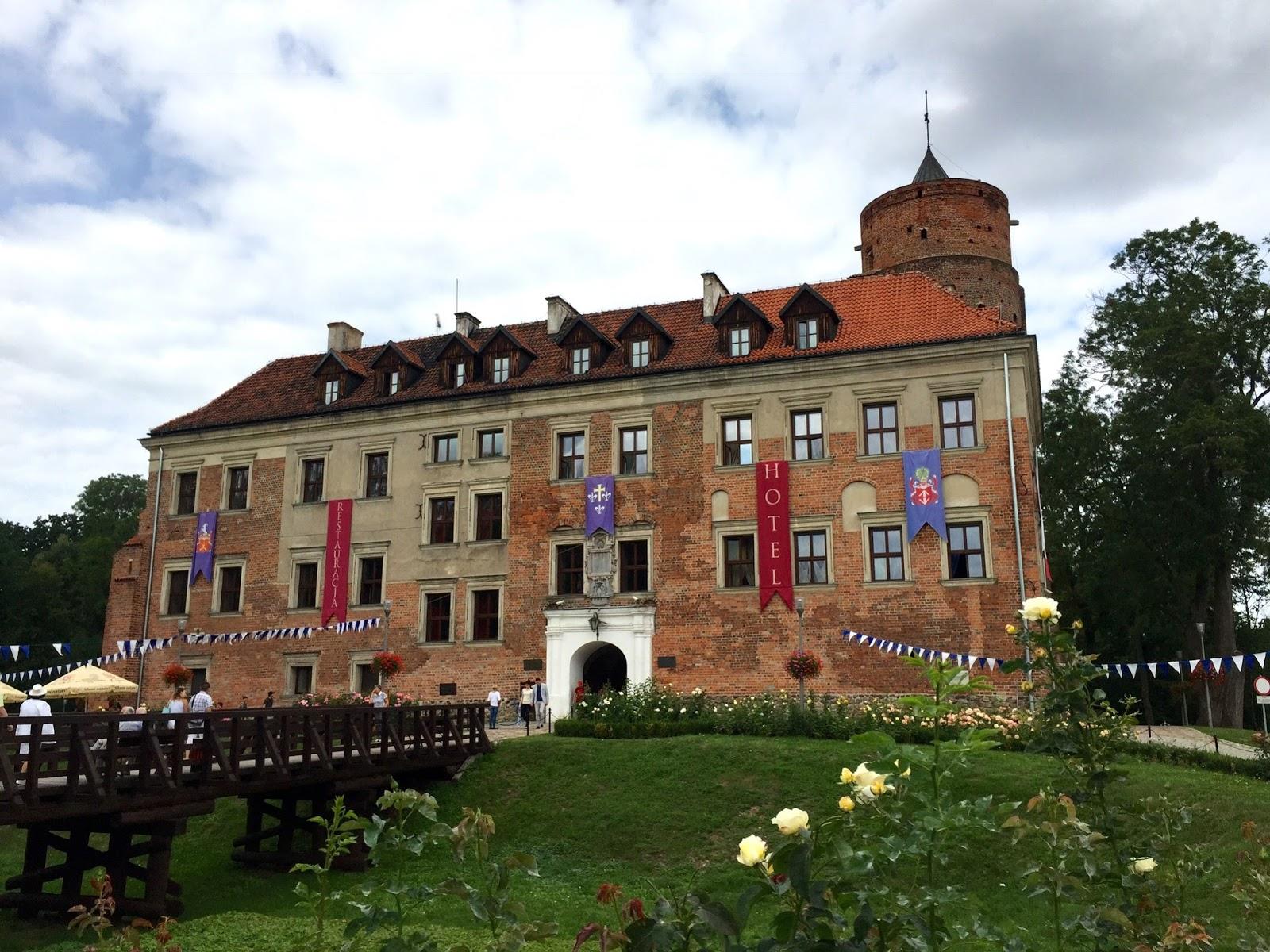 Uniejowski zamek i inne historie
