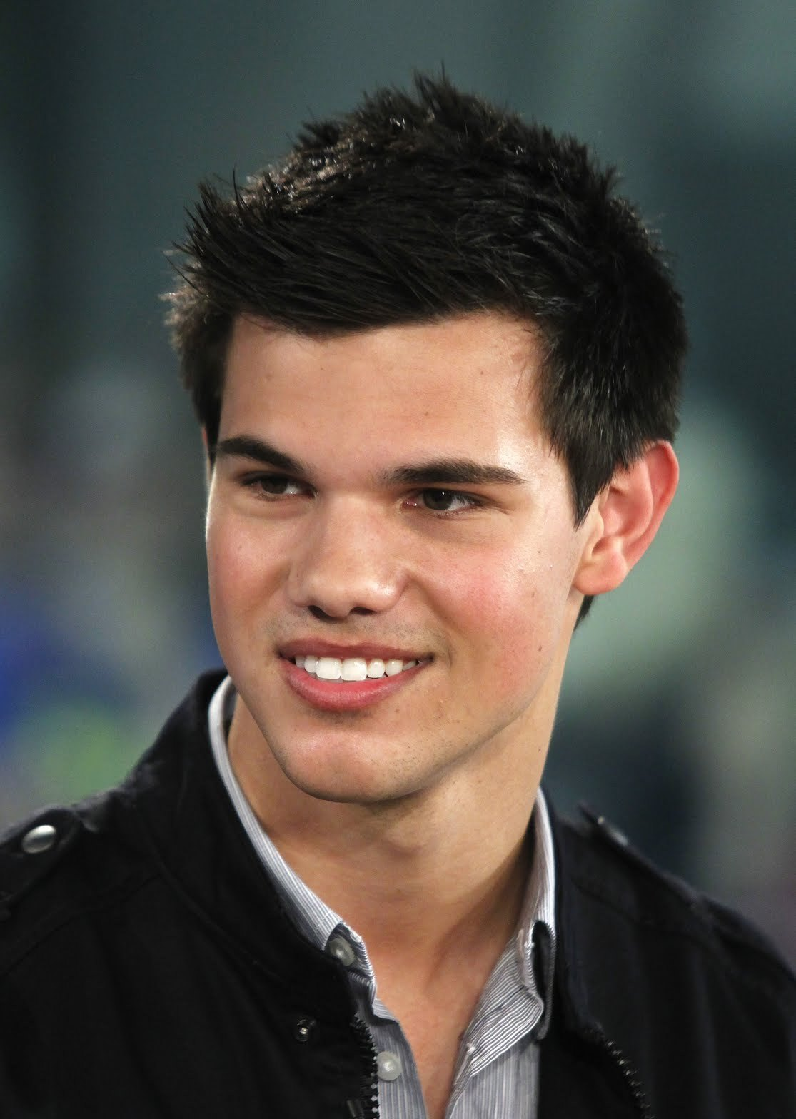 Pictures Of Taylor Lautner 31