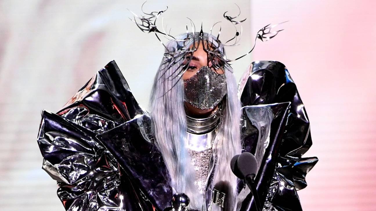 LADY GAGA TRICON AWARD MTV VMA 2020