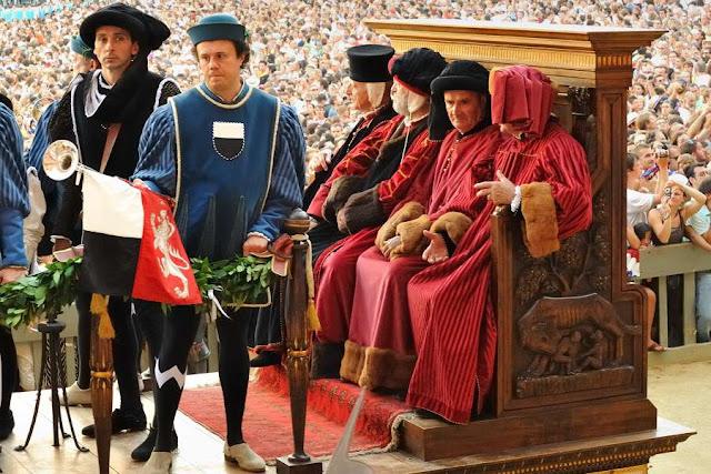 Siena: as autoridades dos bairros