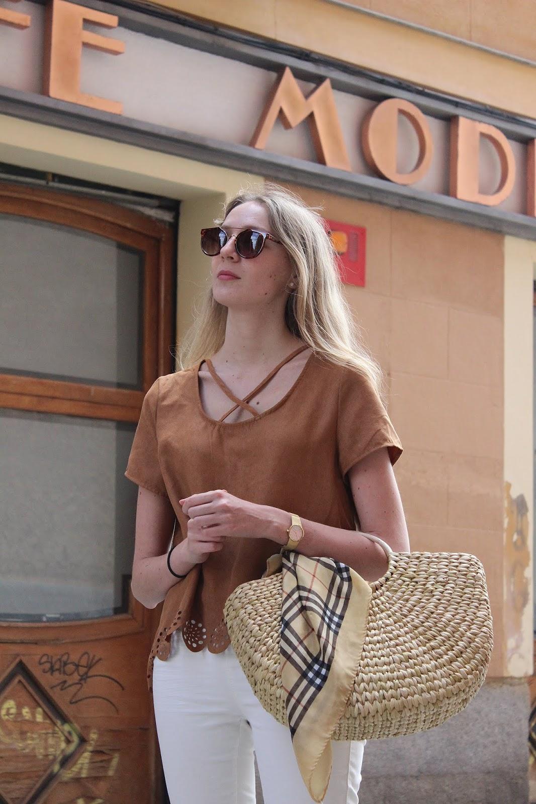 zara-raffia-bag-street-style