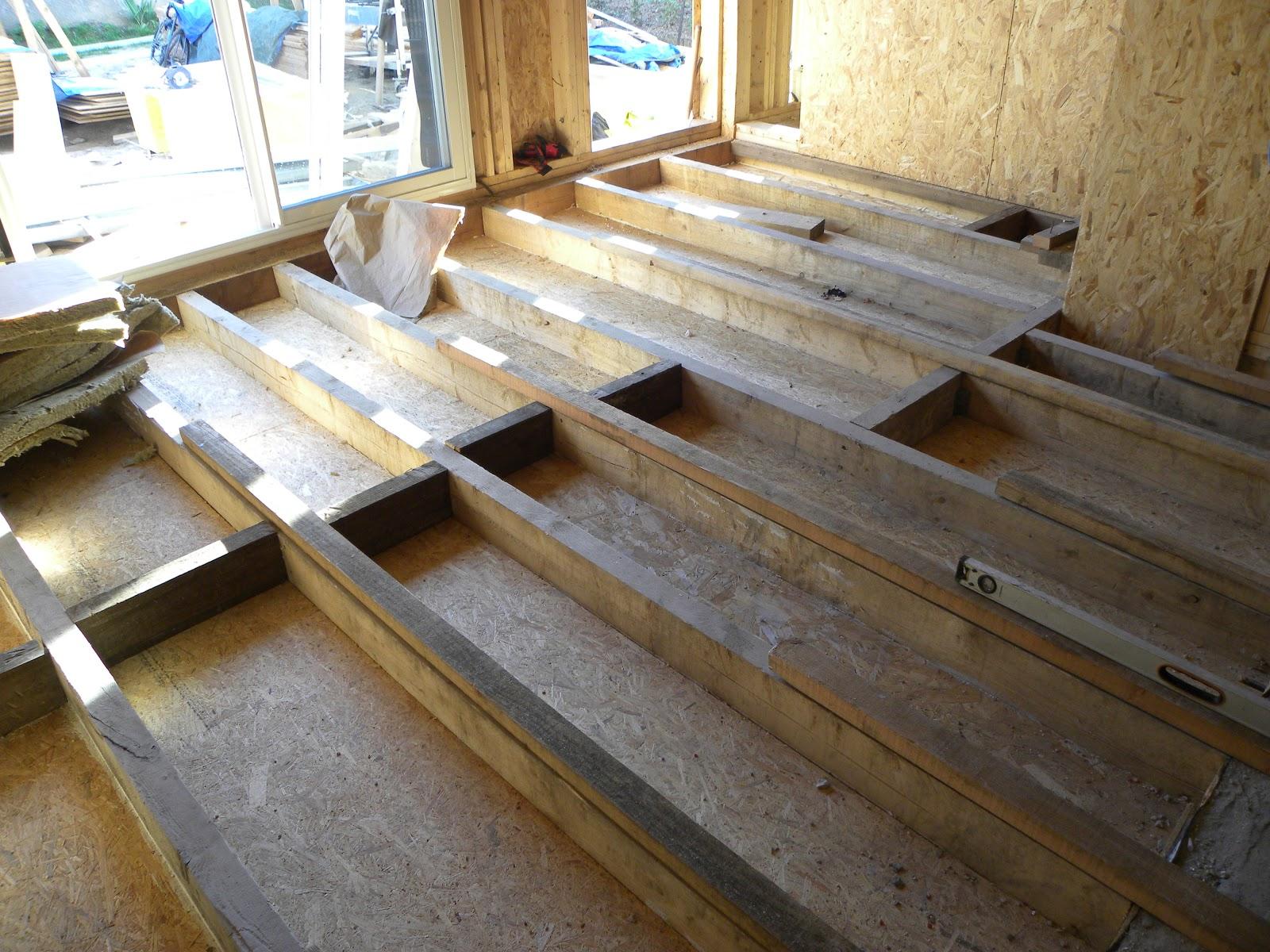 le blog de super castor j64 des rails et des chevrons. Black Bedroom Furniture Sets. Home Design Ideas