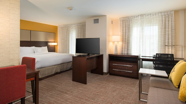 Discover the brand new Residence Inn by Marriott Las Vegas Airport hotel, located minutes from McCarran International Airport on the South Las Vegas Strip.
