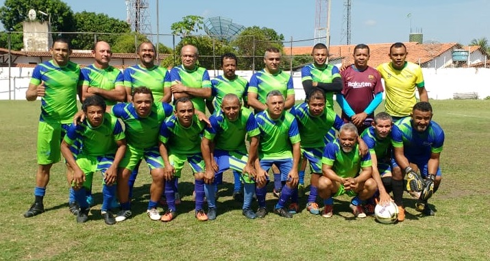 """df877e7154 Tiradentes vence SAAE e conquista título dos """"Quarentões do Futebol"""""""