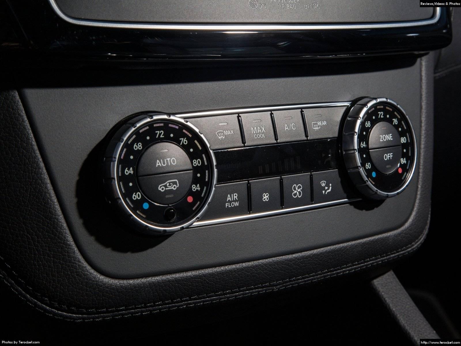 Hình ảnh xe ô tô Mercedes-Benz C450 AMG 4Matic 2016 & nội ngoại thất