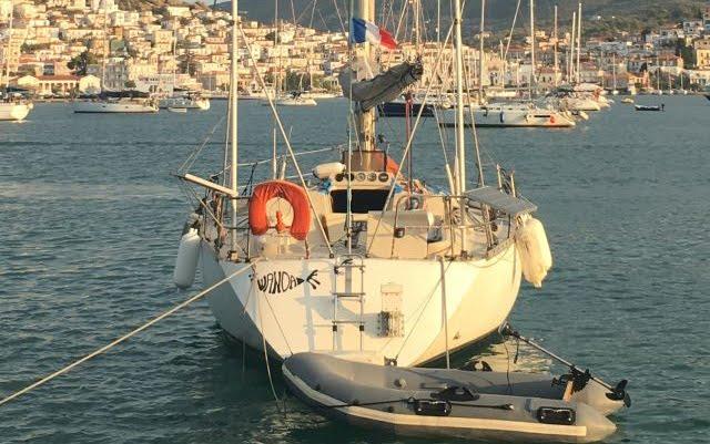 Πρόστιμο σε ιδιοκτήτη πλοίου αναψυχής με Γαλλική σημαία στον Πόρο