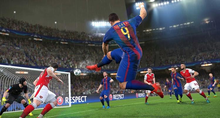 Barcelona - Gã khổng lồ bị lãng quên trong PES sẽ đứng dậy?