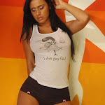 Andrea Rincon, Selena Spice Galeria 32 : Blusa Blanca y Cachetero Negro Foto 11