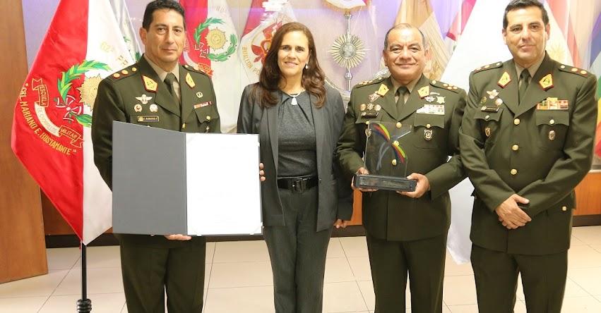 Escuela Militar de Chorrillos renueva su acreditación ante el SINEACE - www.sineace.gob.pe