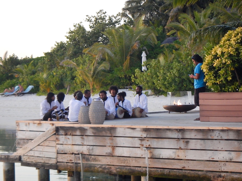 maldivian drummers kandolhu maldives