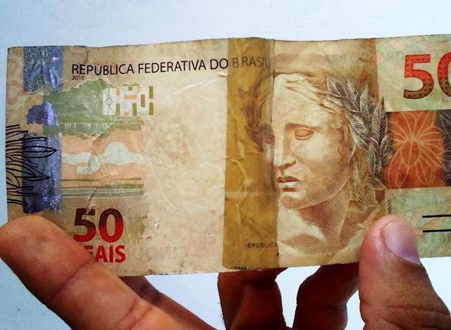 Resultado de imagem para cédulas de dinheiro rasuradas