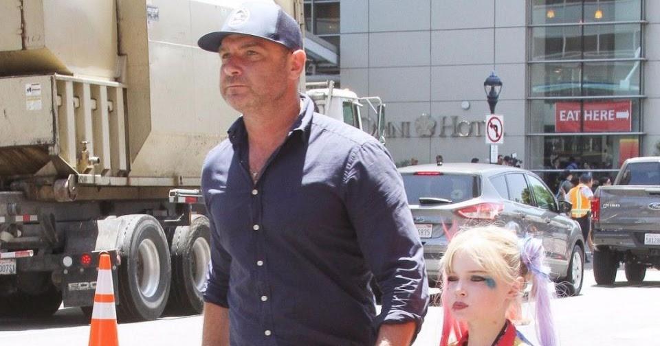 03e11228f6c Liev Schreiber and His Son Samuel Kai Dress As Harley Quinn At Comic ...