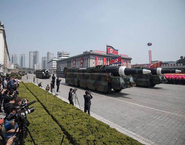 """O almirante Harry Harris, disse que a Coreia do Norte representa uma """"ameaça clara e perigosa"""" para os EUA, Coreia do Sul e Japão"""