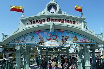 Pilih Mana? Traveling ke Jepang atau Singapura?