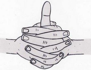 Entrelace os dedos das duas mãos, mas mantenha o polegar da mão esquerda apontando para cima. Leve o polegar direito a envolver o polegar esquerdo para que ele toque o dedo indicador da mão direita.  Benefícios: ajuda a estimular calor no corpo, ajuda a reduzir o catarro e congestão nasal; é bom para fortalecer os pulmões e ajuda a revigorar e equilibrar o corpo.  Prática: A qualquer momento, porém sem excessos.