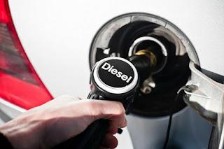 La 'guerra' al diésel impulsa la demanda de VO de gasolina