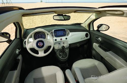 2018 Fiat 500 Cabrio Interior
