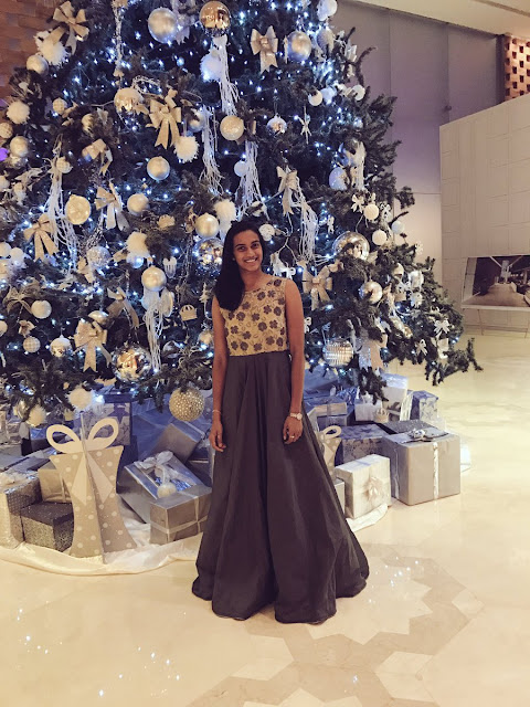 badminton player pv sindhu wishing merry & bright Christmas