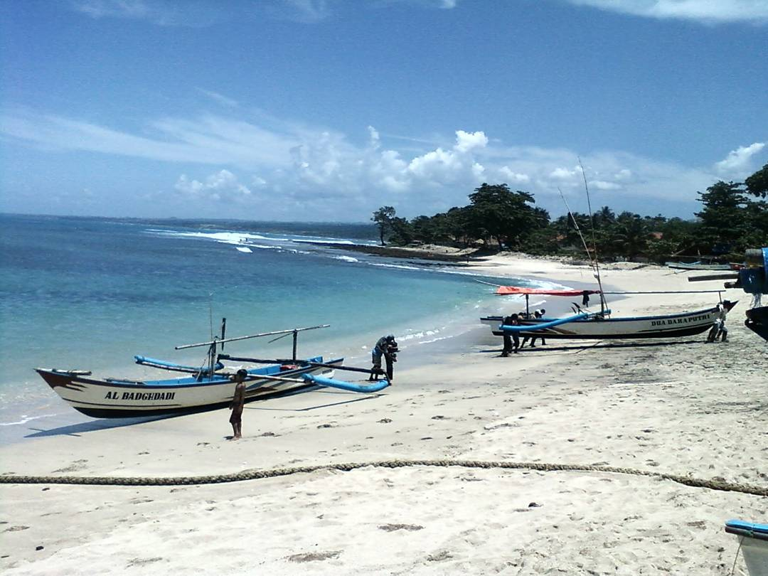 Tempat Wisata Pantai Jayanti di Cianjur