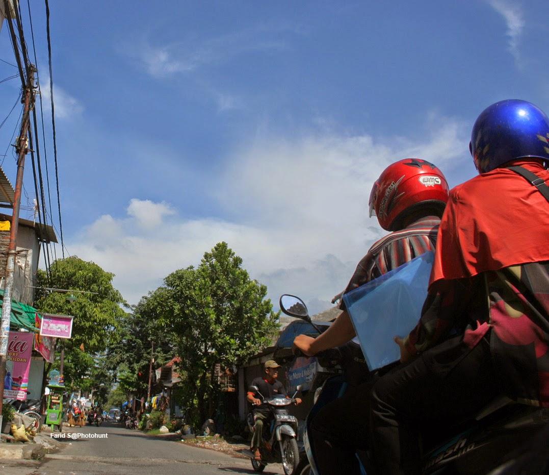 salah satu jalan di Surabaya