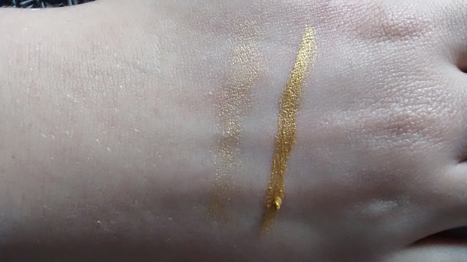 BarryM Bold Gold Liner Swatches