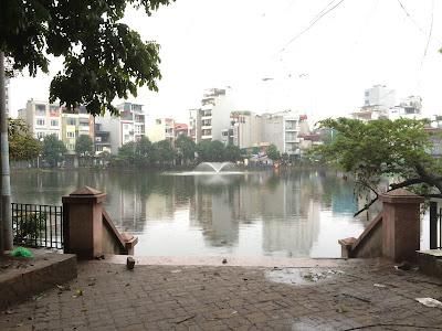 Hồ B52 Ngọc Hà ngay gần tòa chung cư mini Ba Đình này