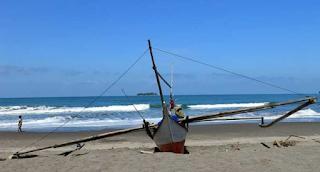 Objek Wisata Pantai Cermin Padang Pariaman