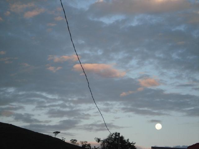 Eu Descobri Que A Solidão é O Grande Lua: Raízes Da Mantiqueira: LUAR DO SERTÃO