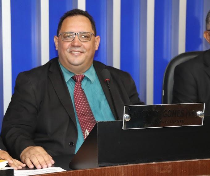 CONQUISTA | Luciano Gomes supera previsão e é eleito com 20 votos a favor à presidência da Câmara Municipal