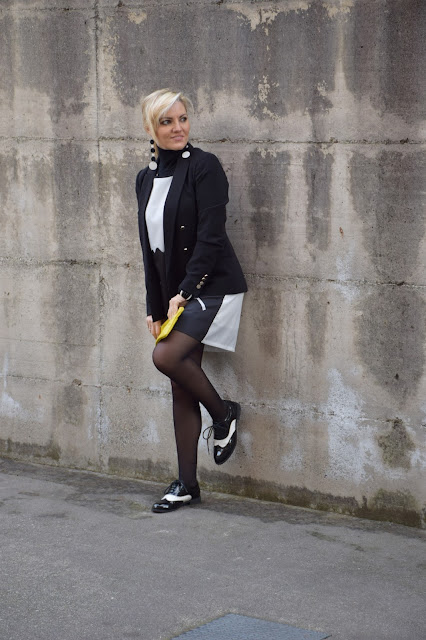 black blazer outfit how to wear black blazer how to combine black blazer mariafelicia magno fashion blogger color block by felym fashion bloggers italy winter outfits