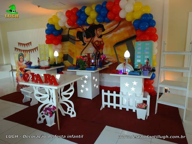 Decoração provençal - Festa infantil tema da Mulher Maravilha