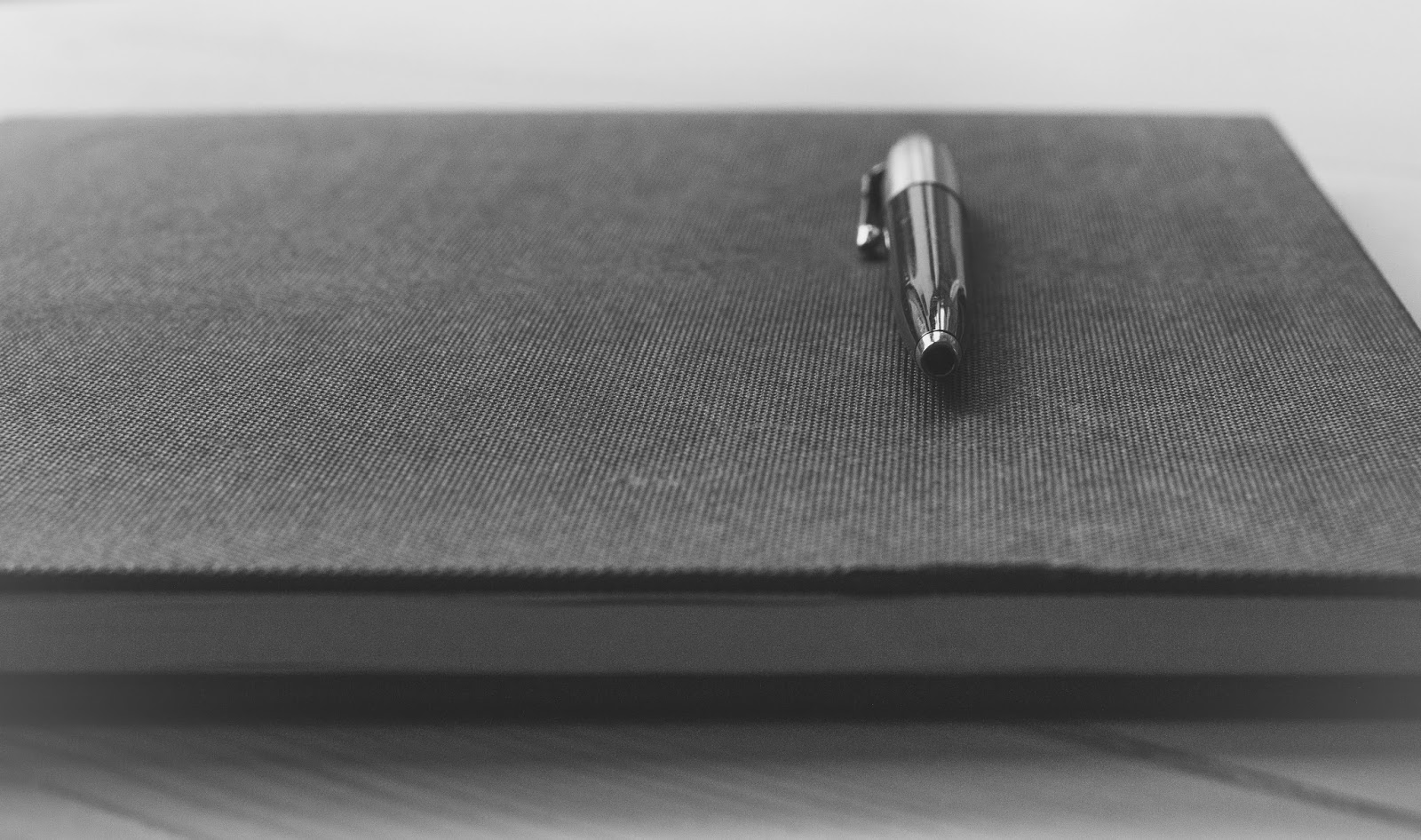 why you should start a journal, how to start a journal, benefits of writing in a journal, jounraling