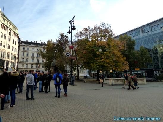 plaza Vörösmarty, punto de inicio del tour gratis