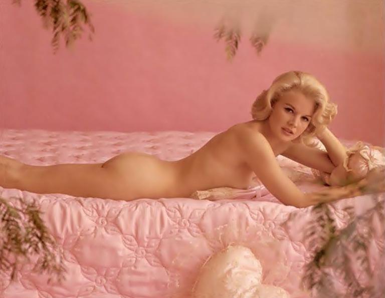 Leigh Allyn Baker Nudes