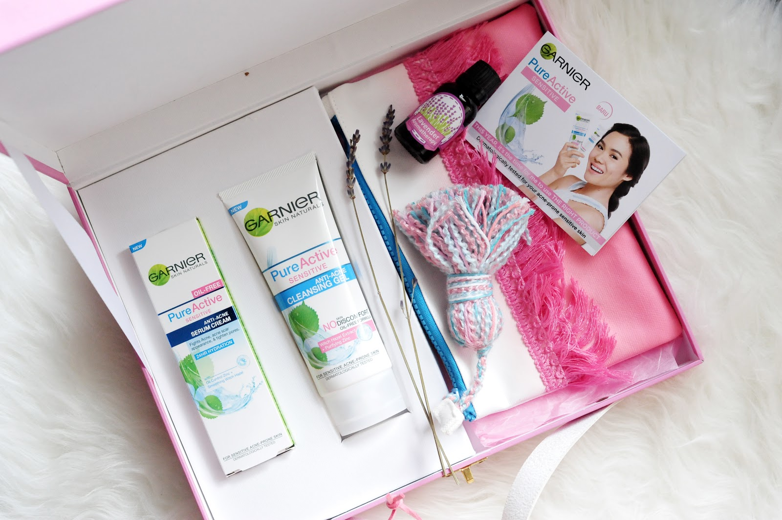 Review Garnier Pure Active Sensitive Anti Acne Magellanictivity Cleansing Gel Foam 100 Ml Nah Sekitar 2 Mingguan Gue Mencoba Rangkaian Produk Yang Dikirimin Dari Sociolla Kebetulan Saat Itu Lagi Ada