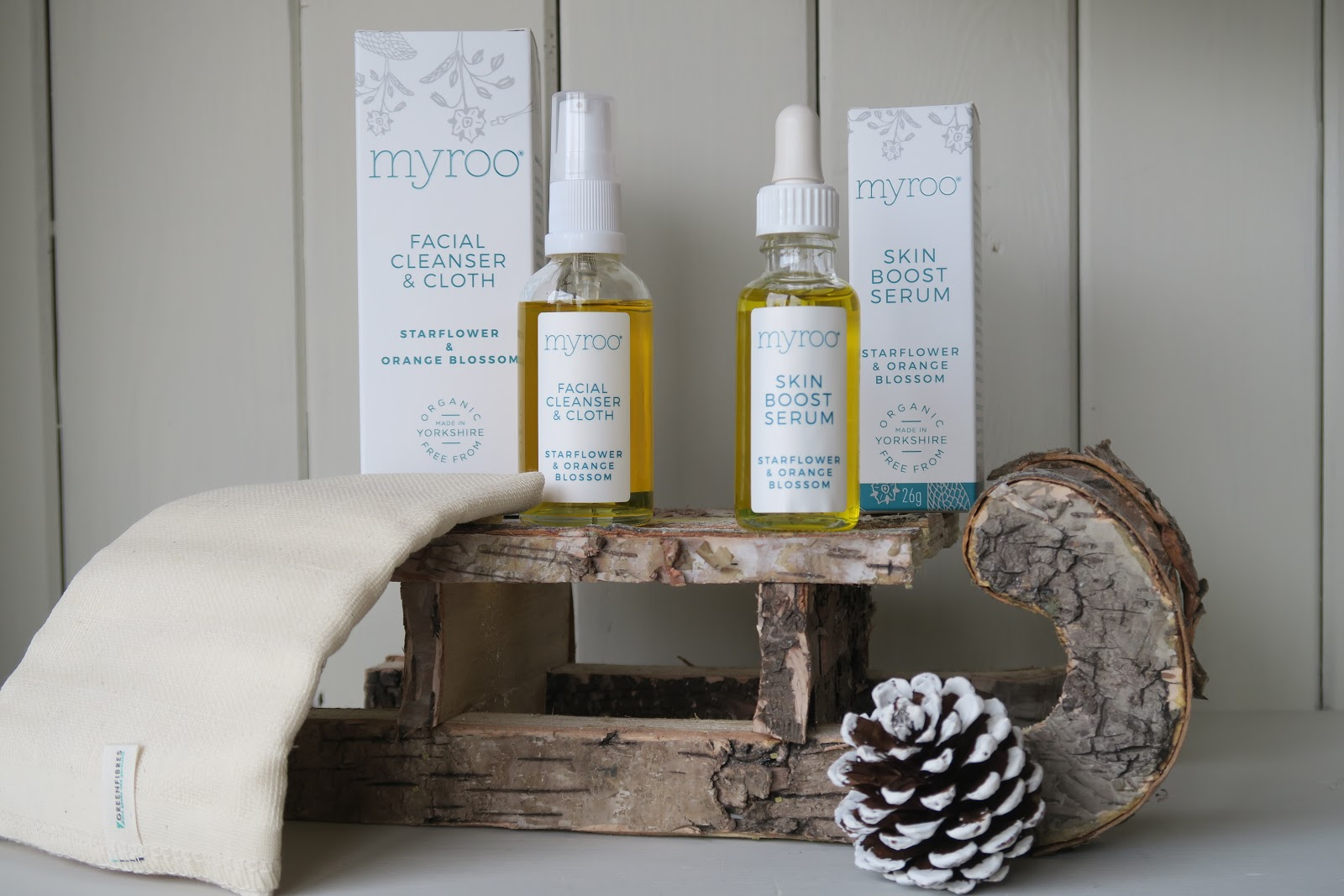 Myroo Skincare | This Natural Bee Green Beauty Christmas Gift Guide 2017
