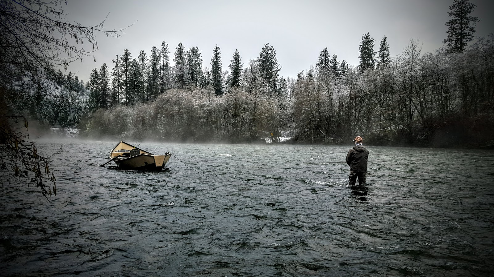 Rogue river and southern oregon fly fishing guide for for Rogue river oregon fishing