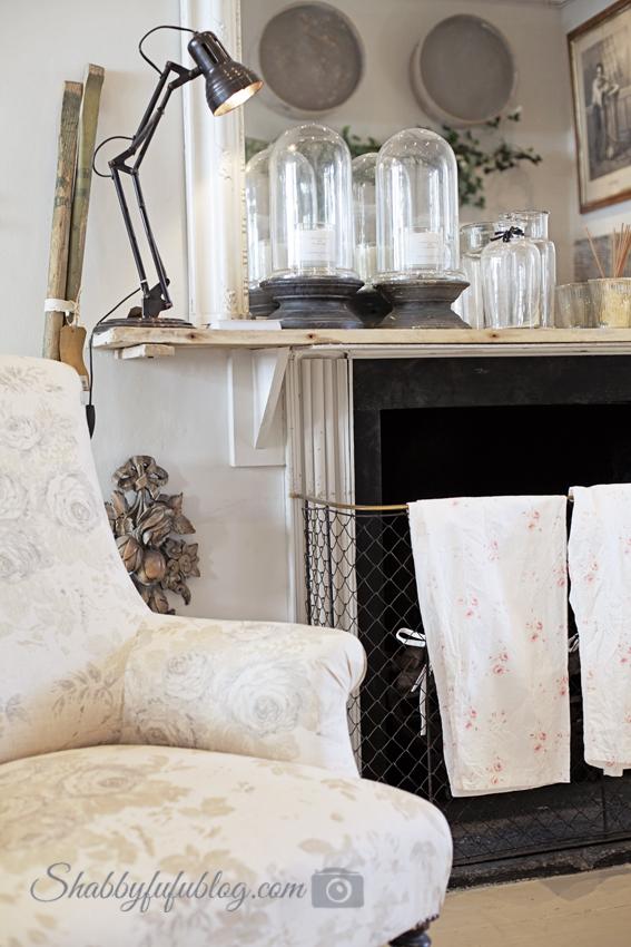romantic-shabby-chic-furniture