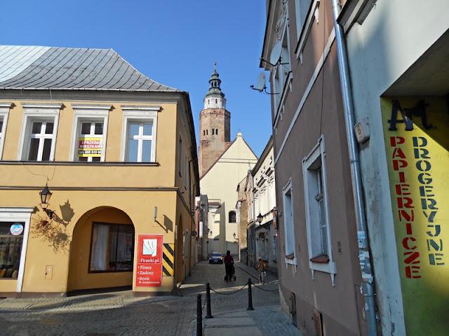 Wschowa, województwo lubuskie, mury, budynki