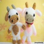 http://www.jennyandteddy.com/2016/04/lolly-baby-cow-amigurumi-free-pattern/