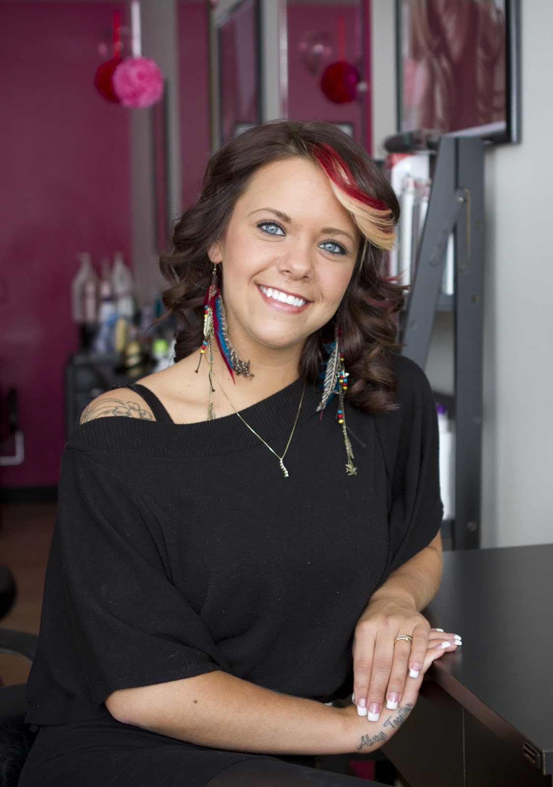 Haley Harned: Pretty Hair Salon Amber