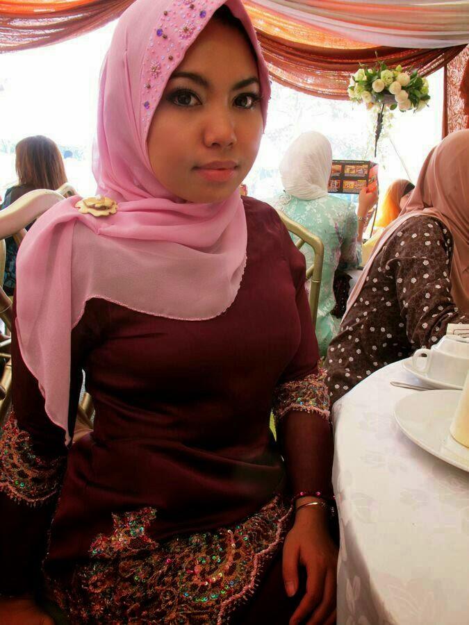 Image Result For Tante Kaya Dan Cantik