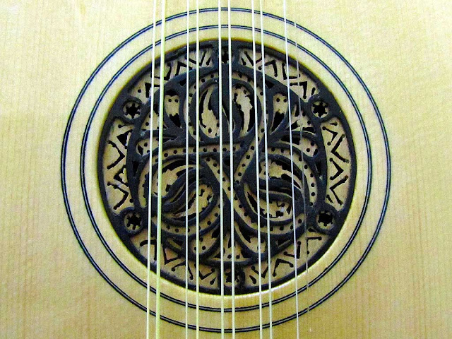 Detail of a classical ten-string guitar made by Furio Sciumbata, Livorno