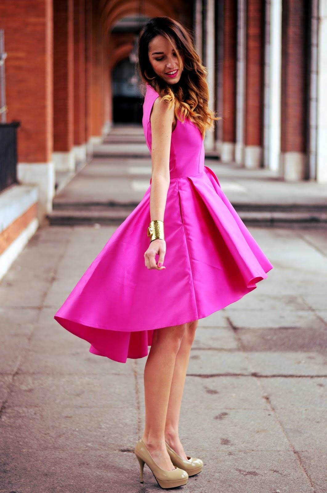 Bonito Vestido Agradable De Llevar A La Boda Festooning - Colección ...