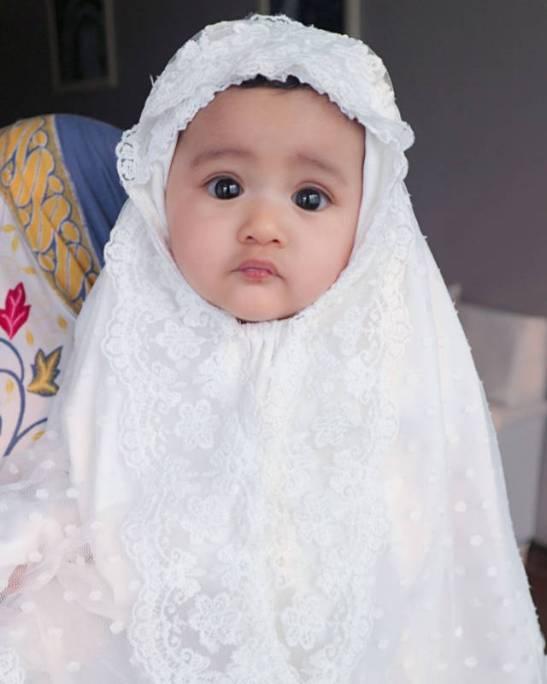 Qiandra anak dari Ryana Dea