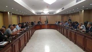 إجتماع موسع لمحافظ الفيوم مع مسئولى التعليم ورؤساء المراكز بالمحافظة