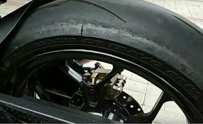 Suzuki Satria FU Tire, Ban Pirelli Diablo Supercorsa
