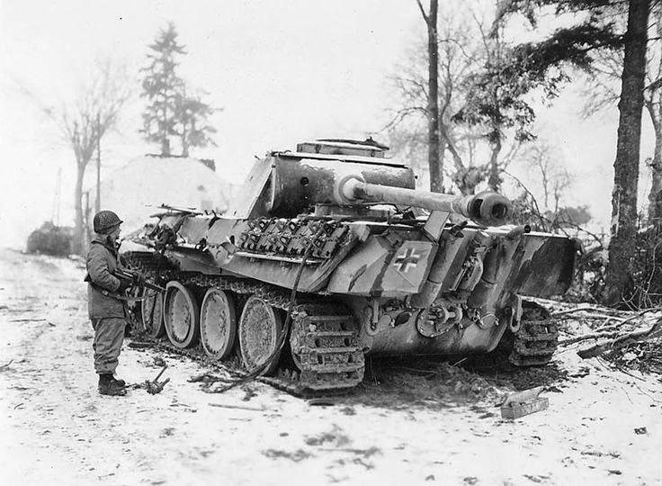 Panzer V Panther tank worldwartwo.filminspector.com