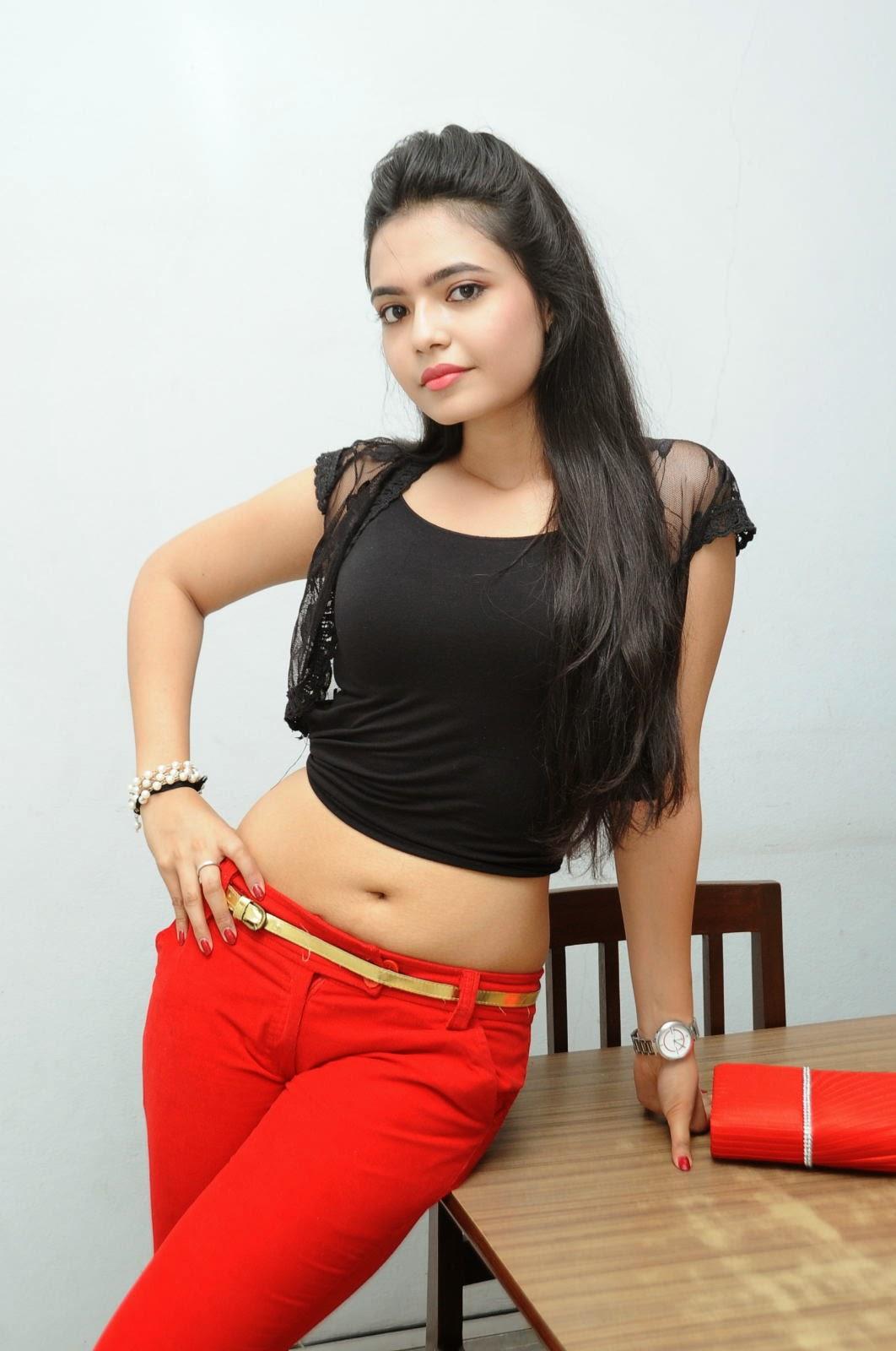 Young Actress Merina Photos at Veerudokkade audio-HQ-Photo-38