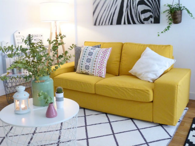 funda de sofá amarilla